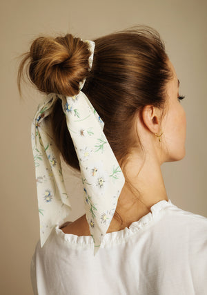 White Flower Ribbon Hair Scrunchie