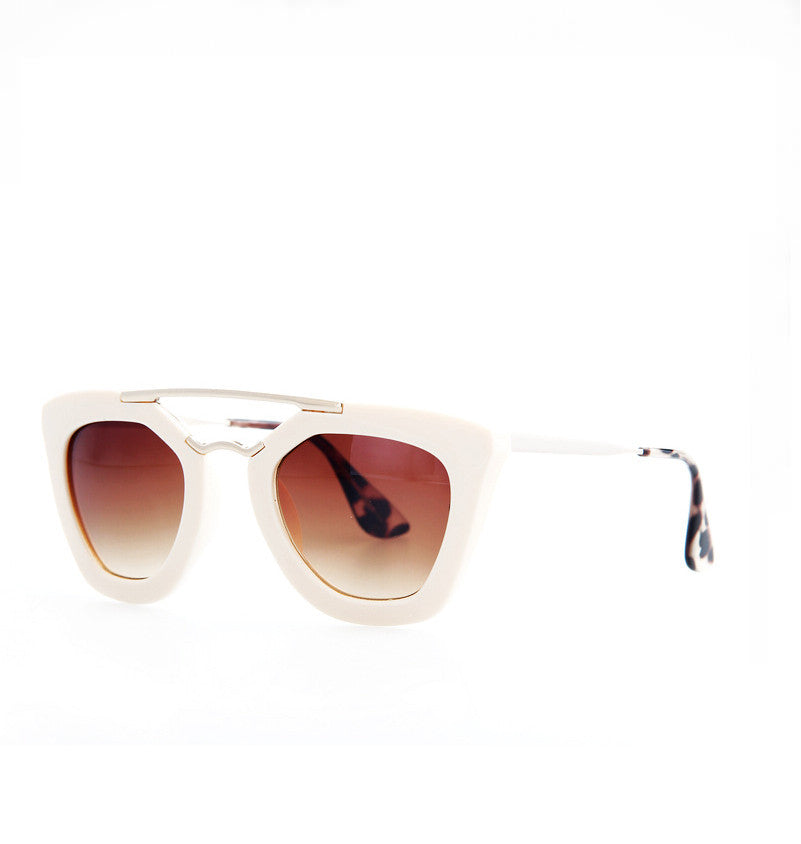 Gesonni sunglasses - White - Stopshop London - 1