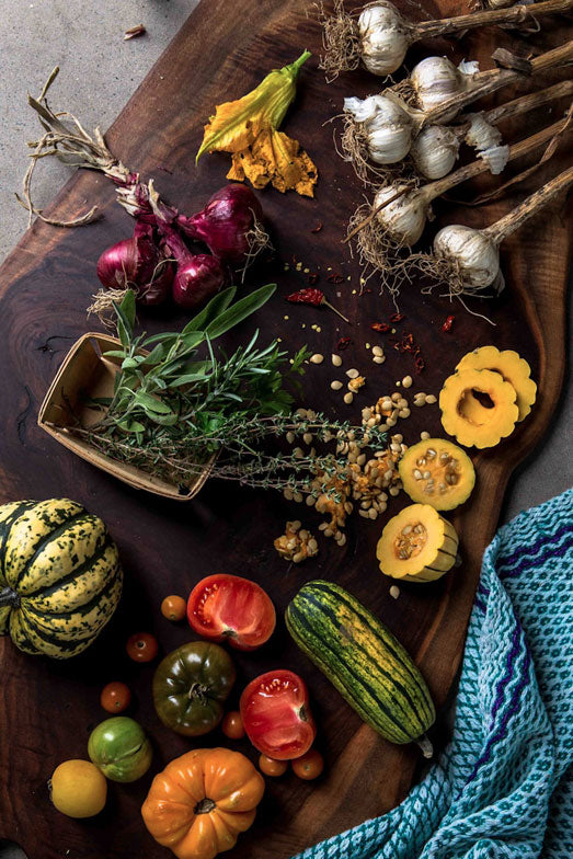 westwind_orchards_gourds_garlic_tomatoes_farm_chloe_crespi_photography_eyeswoon-4