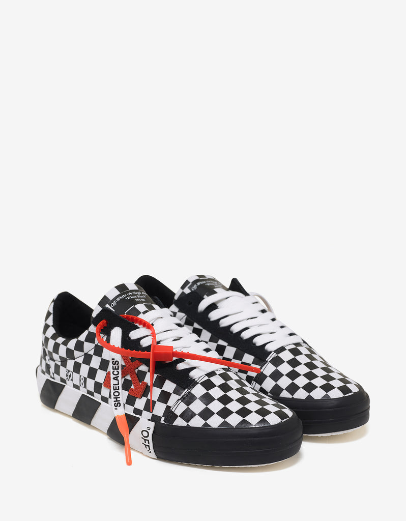 3911751a8b58 Off-White Black   White Check Vulc Low Top Trainers – ZOOFASHIONS.COM