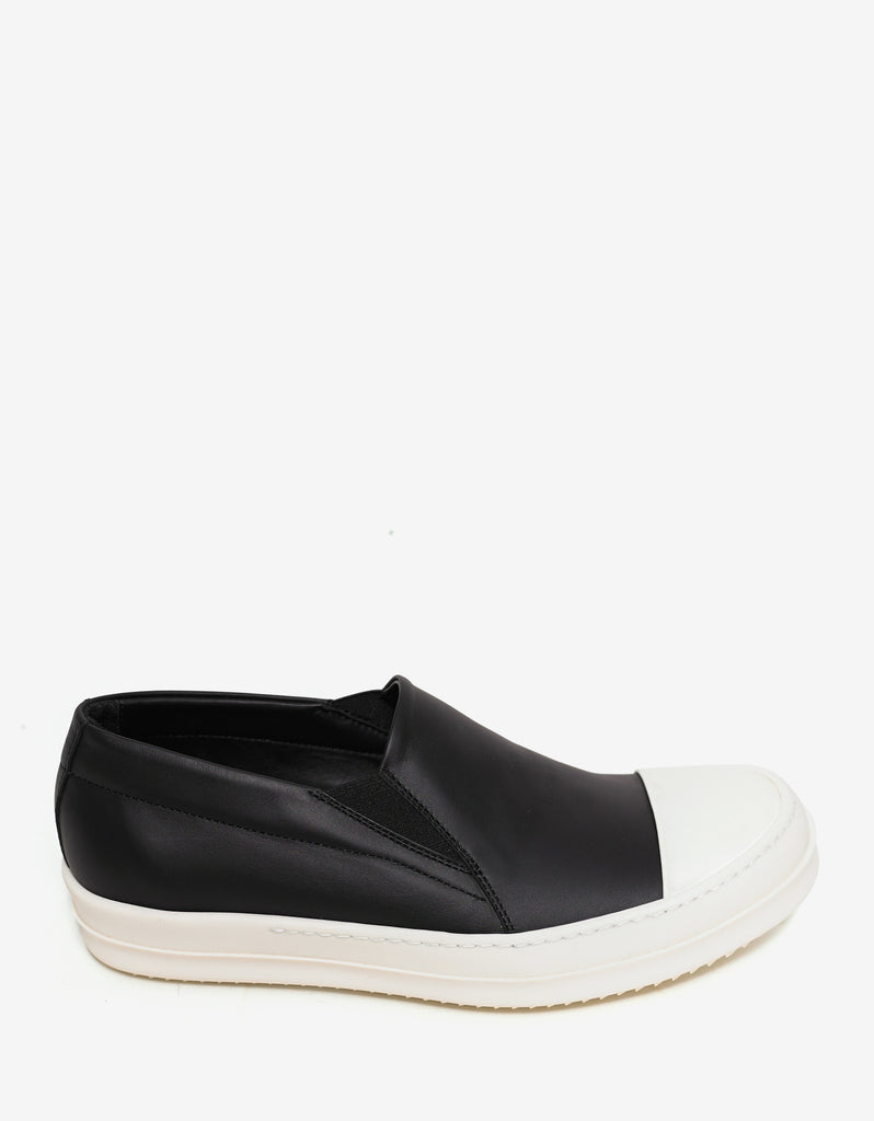 Black Leather Boat Trainers