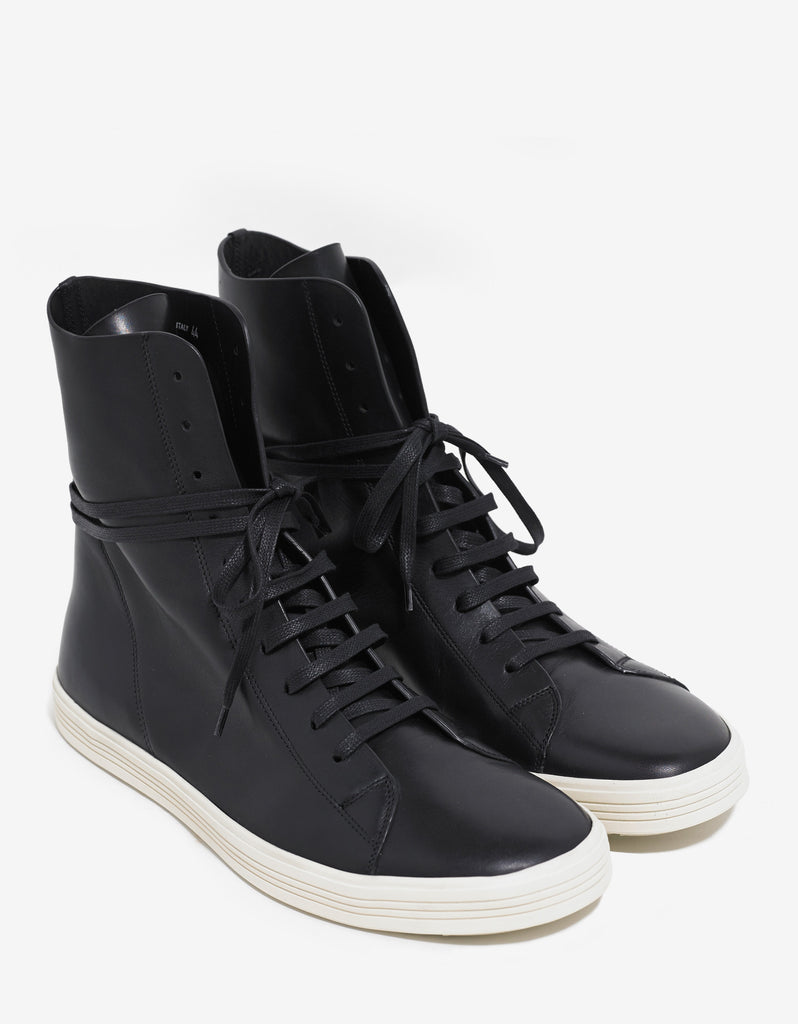 Mastosneaks Black Leather High Top Trainers