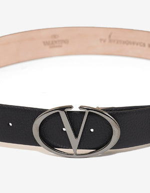 Black 'V' Buckle Grain Leather Belt -