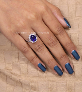 2.00 CT Blue Oval Sapphire Gemstone Ring / White Gold Split Shank Ring in 18K Solid Gold