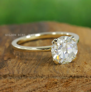 Colorless OEC Round Solitaire Diamond Ring in 18K Solid Gold / Engagement Ring for Women