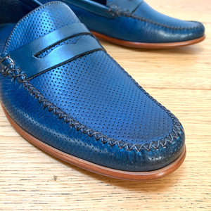 Barker William Moccasin - Navy Perforated Hand Painted