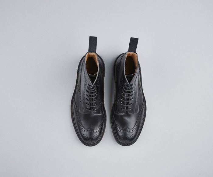 Tricker's Stow Dainite Brogue Boots - Black