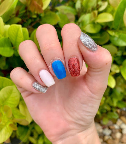 4th of July inspired nail design