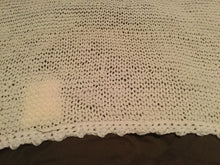 Load image into Gallery viewer, Crochet blanket- white