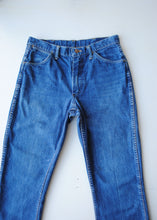 Load image into Gallery viewer, Vintage Wrangler Jeans, 30""
