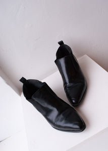 Brown's Shiny Black Ankle Boots, 6.5