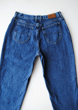 Load image into Gallery viewer, Cropped Dark Lee Jeans, 30""