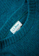 Load image into Gallery viewer, LL Bean Green Wool Sweater, Medium