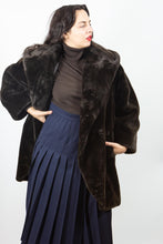 Load image into Gallery viewer, Ellen Tracy Teddy Coat, Med-Lg