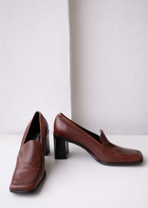 90's Brown's Heeled Loafers, Size 8.5