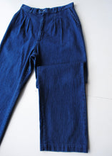 Load image into Gallery viewer, Lee Pleated Jeans, 28""