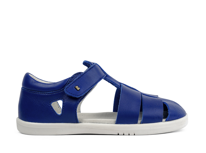 Bobux Blueberry tidal sandals with water friendly protection and quick dry ability.