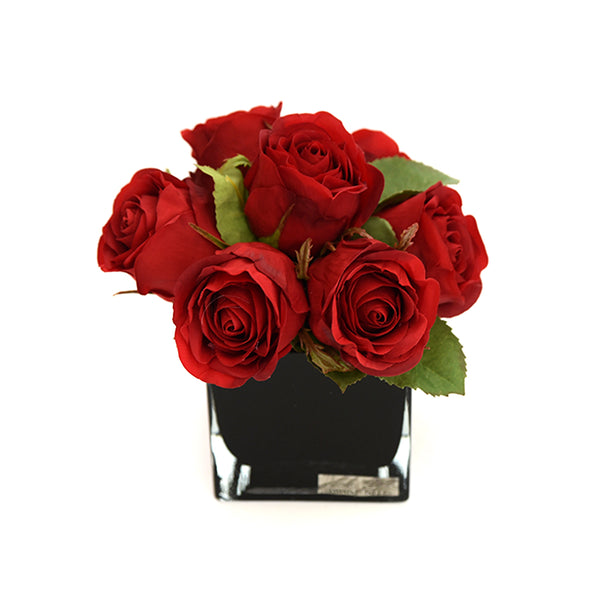 Red Rose Bouquet in Black Square Vase