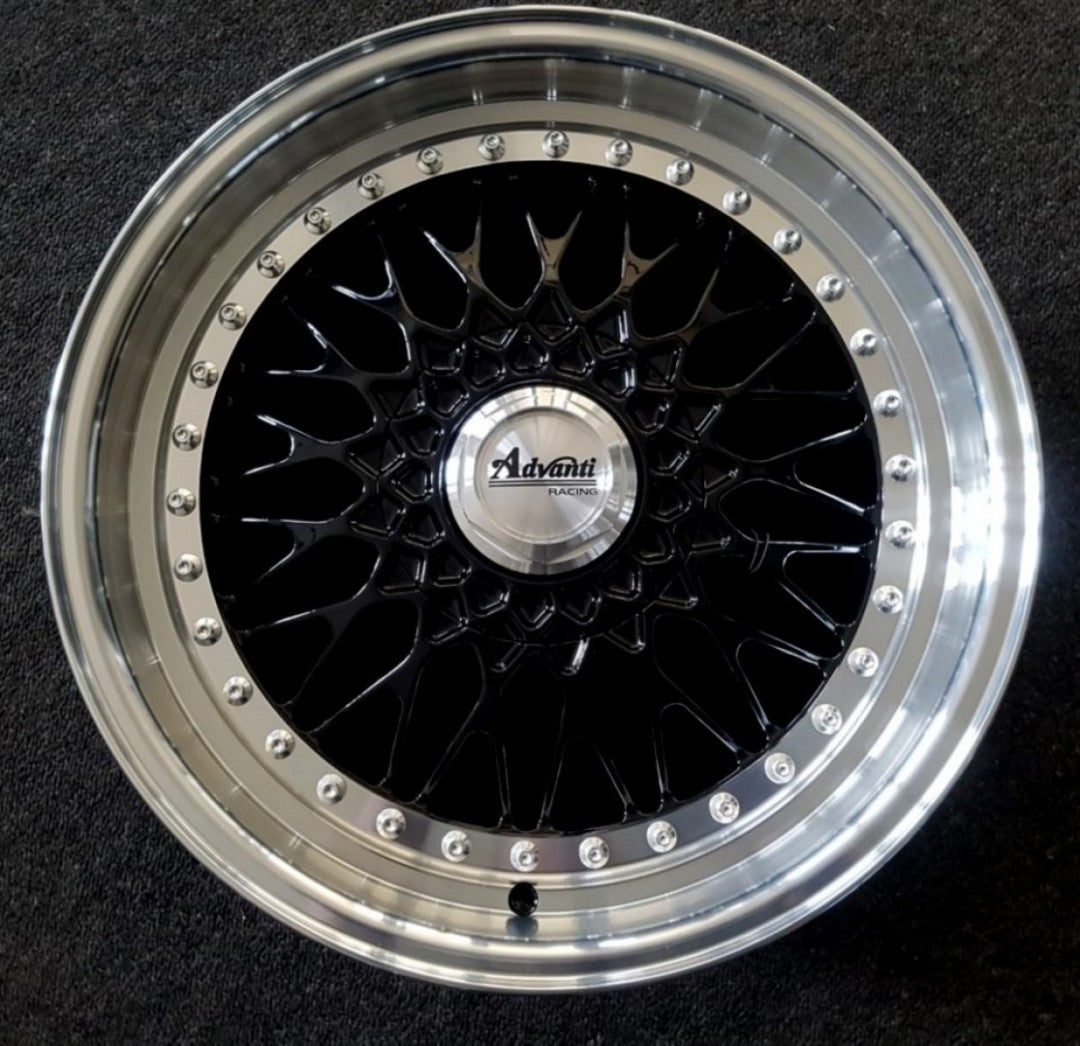 Classic 18x8 5/114.3 and 5/120 35p Full Gloss Black with Machined Polished Lip