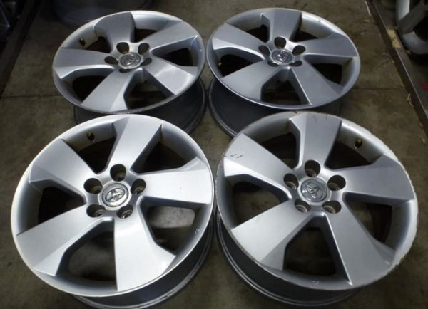 Toyota Aurion 17x7 45p 5/114.3 secondhand mags some kurb marks suit most Toyotas