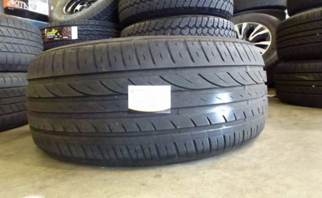 1x 215/50R16 95V Greenmax with 7mm tread remaining s/hand tyre