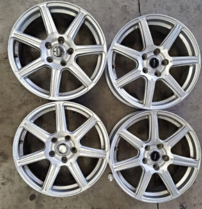 17x7 Top Run 5/114.3 53p Nice set of wheels for lots of Japanese Cars