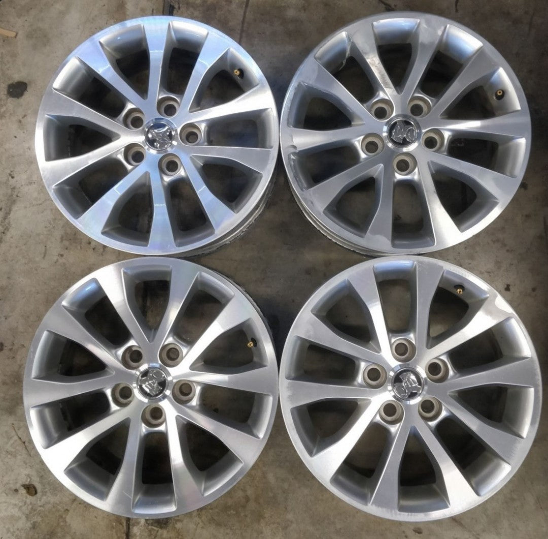 "Holden VE 17x7 5/120 43p Silver s/hand mags auction for 4 17"" mags"