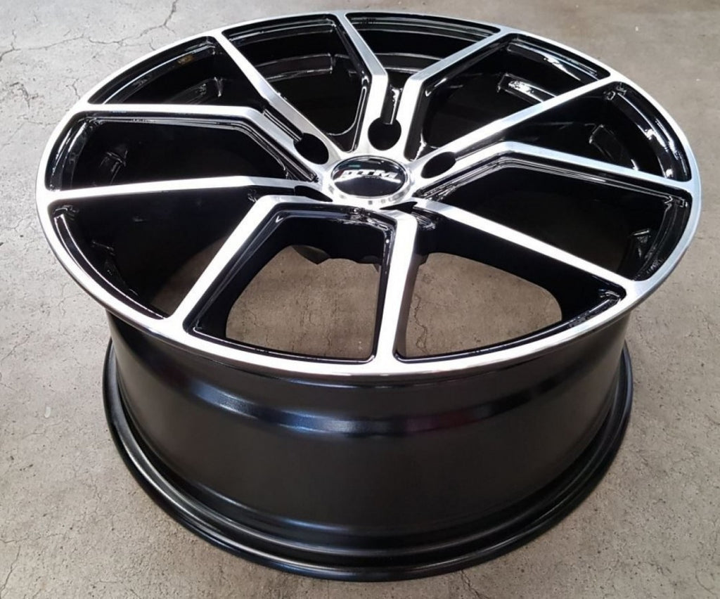 DTM Syrio 19x8.5 42p & 19x9.5 40p 5/114.3 35p Gloss Black Machined Polished Face