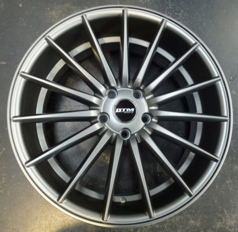 DTM Gyro 19x8.5 5/112 45p great for VW / Audi mags reduced inc 1 demo wheel