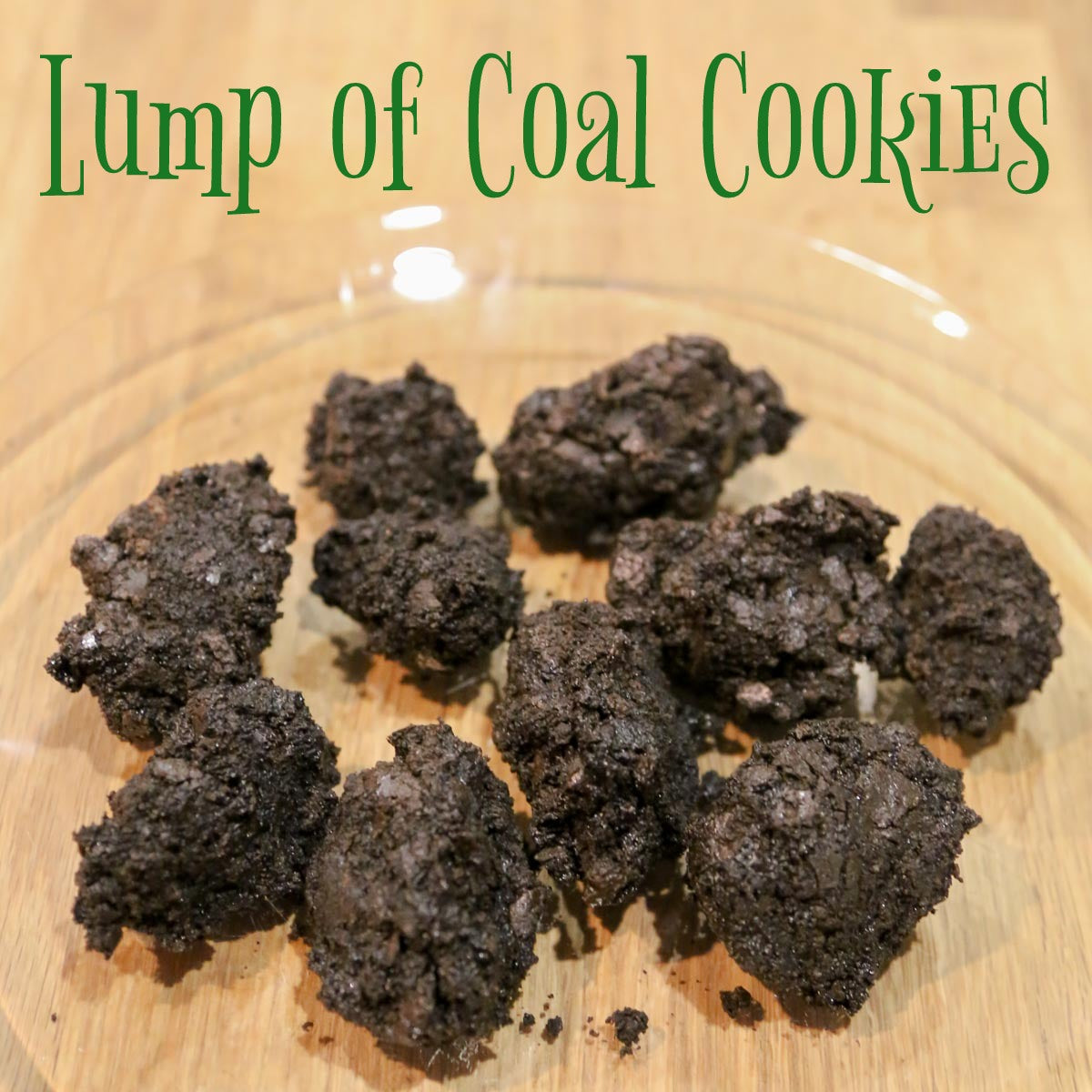 Lumps of Coal Cookies from Smocked Auctions Aunt Ana #12DaysOfChristmasCookies