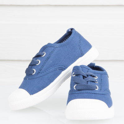 Dylan Canvas Shoe