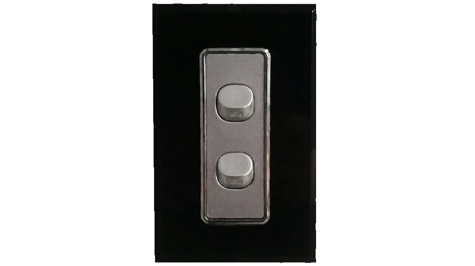 HEM CRYSTAL DOUBLE LIGHT SWITCH BLACK ON SILVER