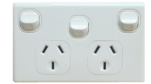 DOUBLE HORIZONTAL OUTLET + EXTRA SWITCH WHITE