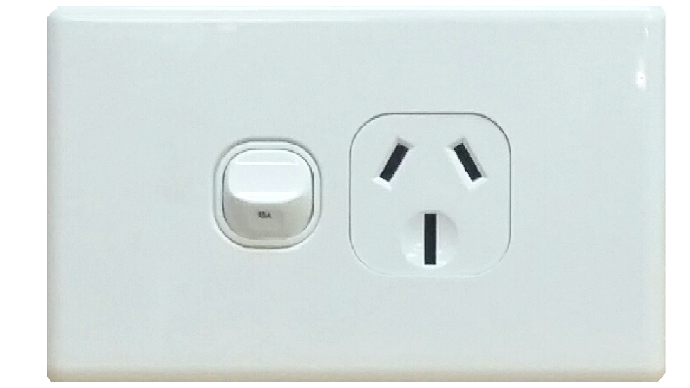 SINGLE HORIZONTAL OUTLET 15A