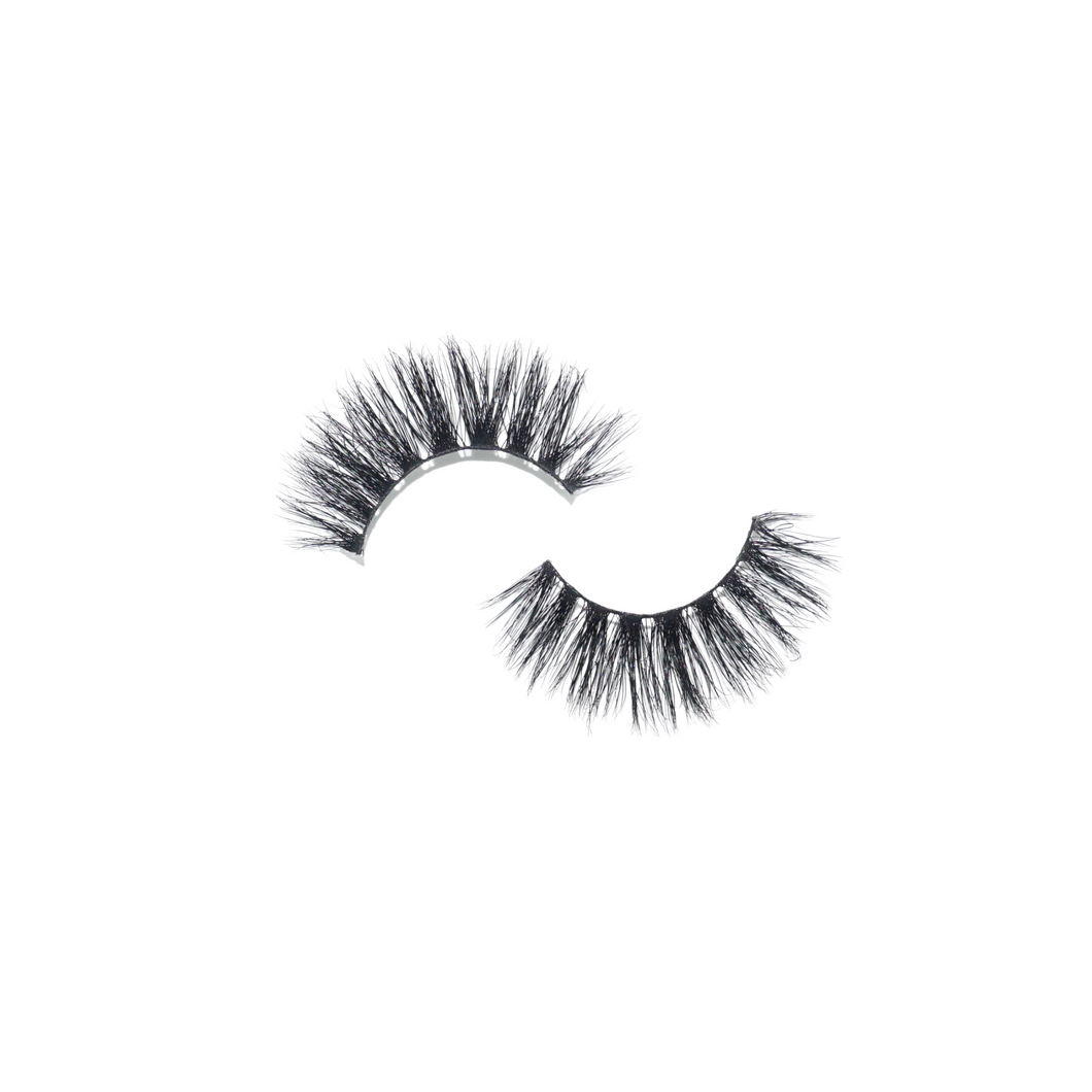 Celebrity lash in style Mazetti.