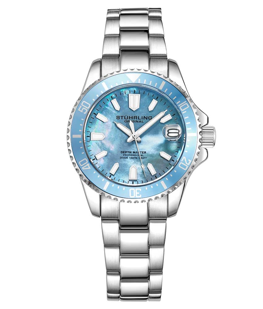 Light Blue Dial / Silver Case / Silver Stainless Steel Bracelet Silver Deployant Buckle