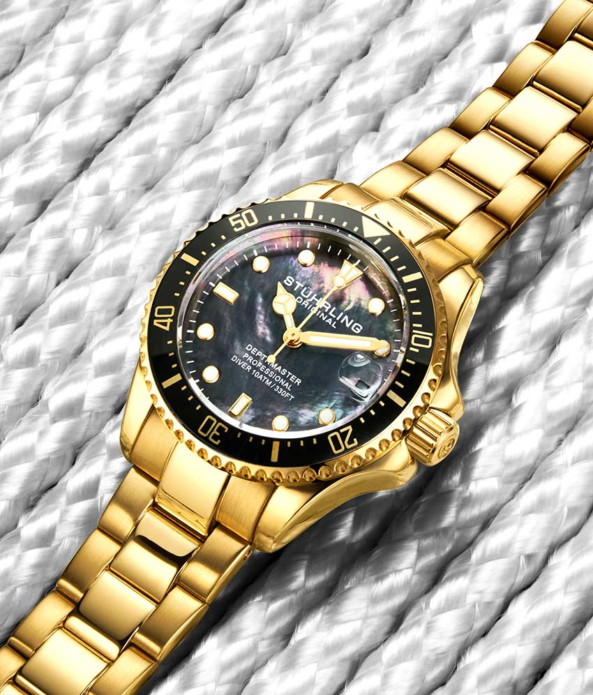Black Dial / Gold Case / Gold Band