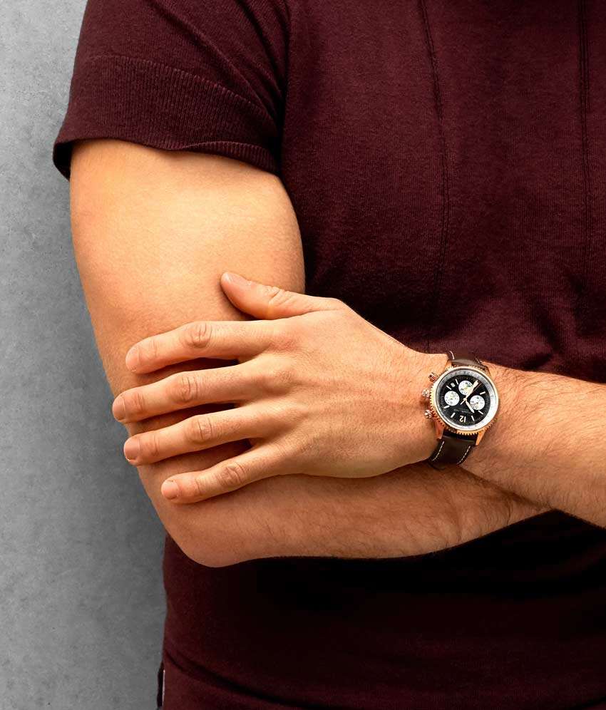 Black Dial / Rose Case / Brown Band