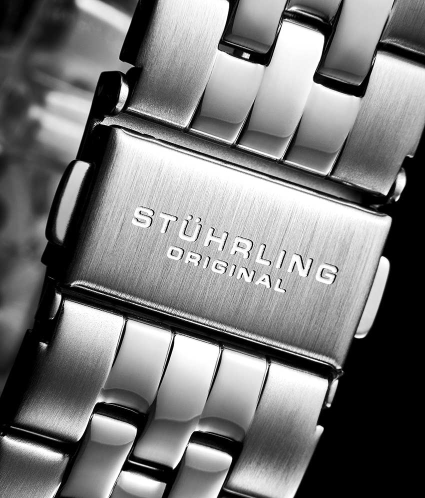 Black Dial / Silver Case / Silver Stainless Steel Bracelet Deployant Buckle