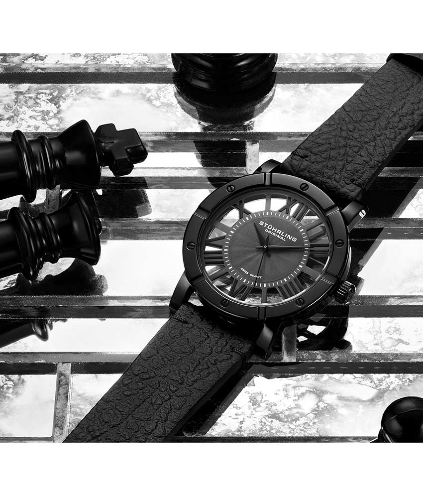 Black Dial / Black Case / Black Band