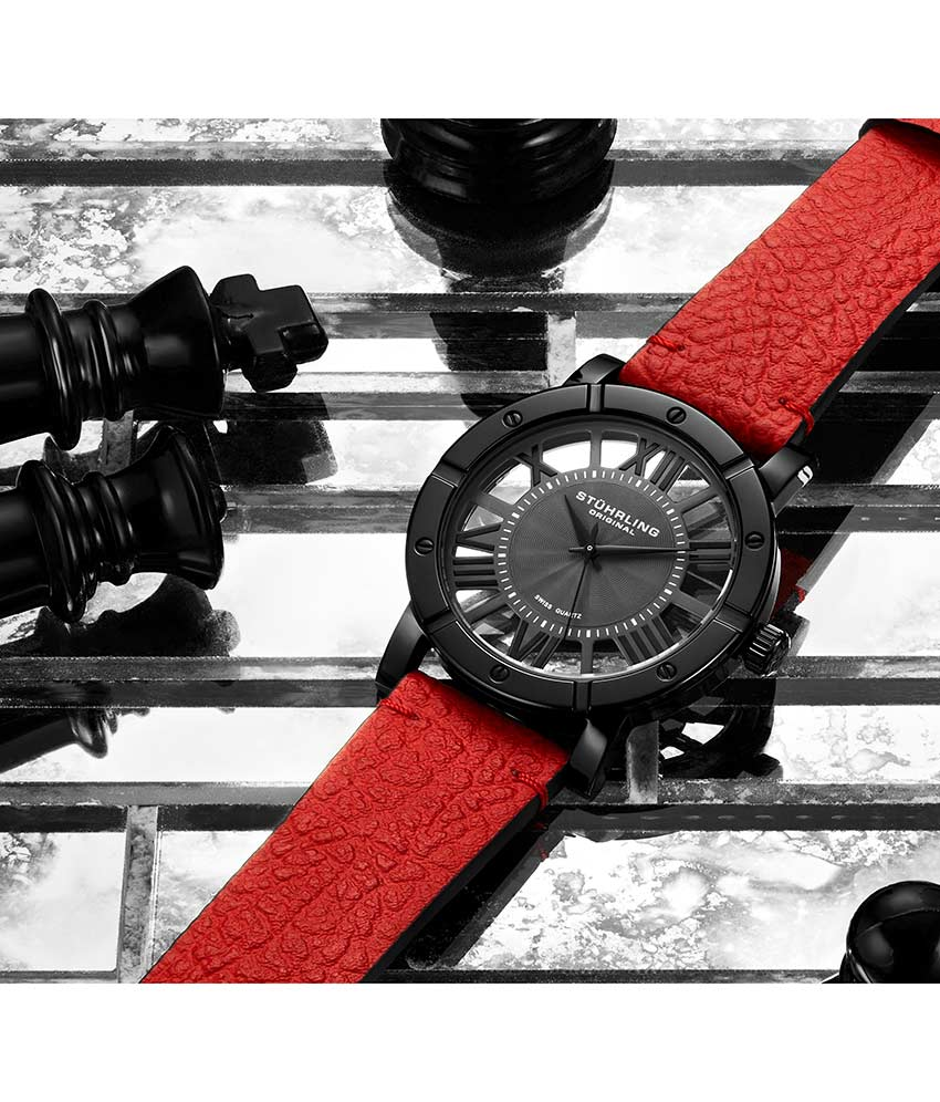 Black Dial / Black Case / Red Band