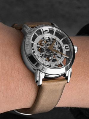 Lady Winchester 156, a top rated Stührling watch.