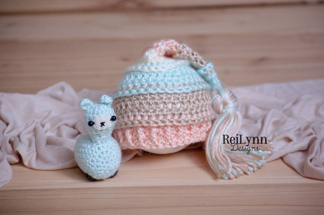 Mint, Peach, Bone and Ivory Tassel Hat