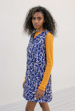 Load image into Gallery viewer, Printed Tunic Dress