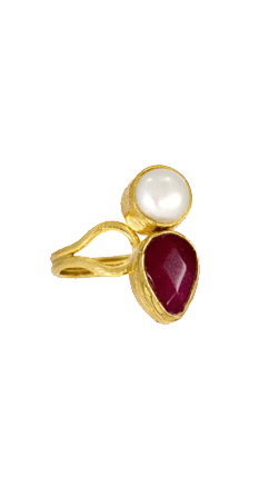 Miniature Pearl and Red Agate Tear Cocktail Ring