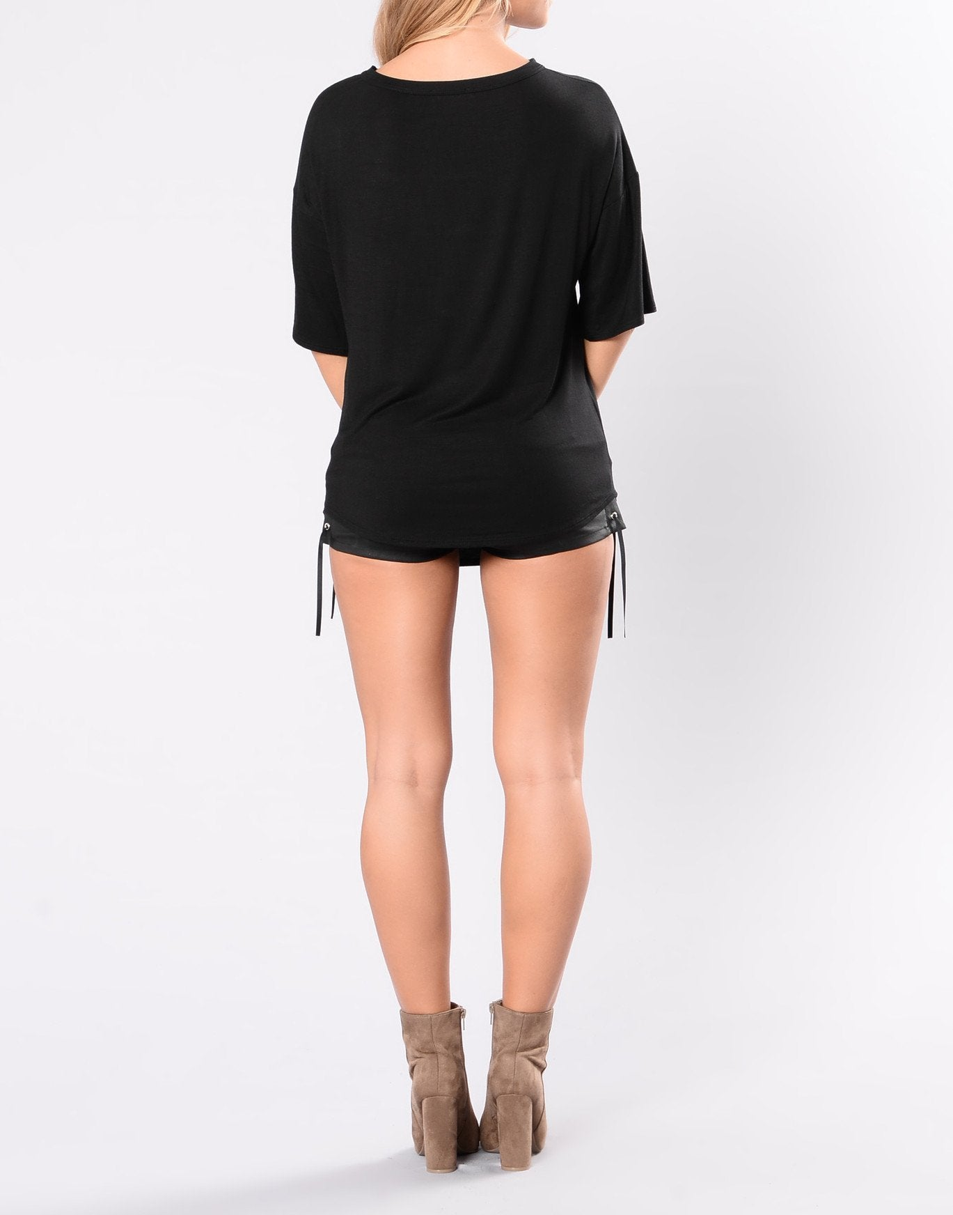 Wild and Free Graphic V Cut Tee in Black