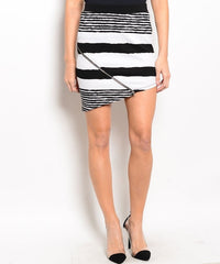 Striped Asymmetrical Hem & Zipper Mini Pencil Skirt in Black & White