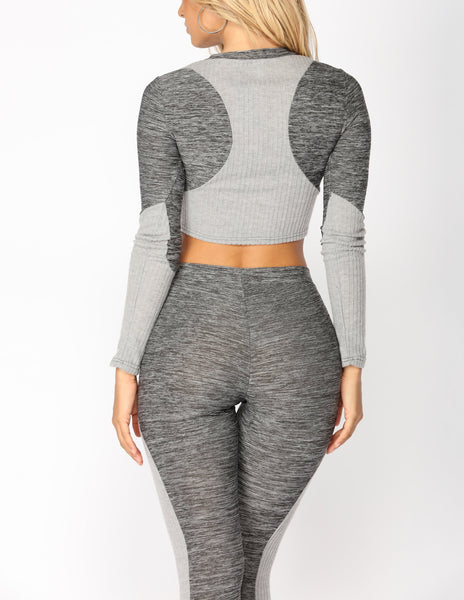 Long Sleeve Crop Top and Leggings Set in Gray