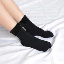 Load image into Gallery viewer, Women's Thick Thermal Wool Cashmere Socks ( Pair of 2 )