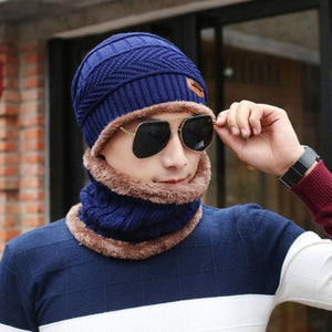 Attractive Men's & Women's Woollen Head And Neck Combo